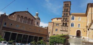 Rzym zabytki - bazylika św. Jana i Pawła - fasada