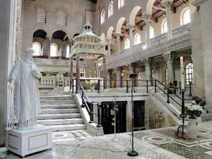Rzym - Bazylika św. Wawrzyńca za Murami - wnętrze