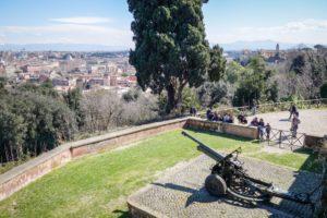 Rzym - wzgórze Ganicolo - armata
