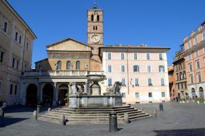 Zatybrze - plac i bazylika Santa Maria in Trastevere